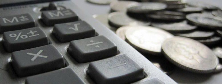 El cálculo de costes de personal suele olvidar una serie de puntos muy importantes que pueden provocar que las previsiones iniciales de salarios tengan desviaciones cercanas al 50% respecto al coste final que nos toca afrontar.